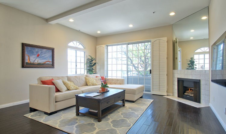 Colby Avenue West Los Angeles Condo for Sale