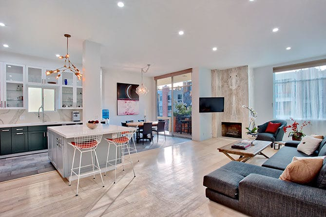 Brentwood Penthouse Condo for Sale
