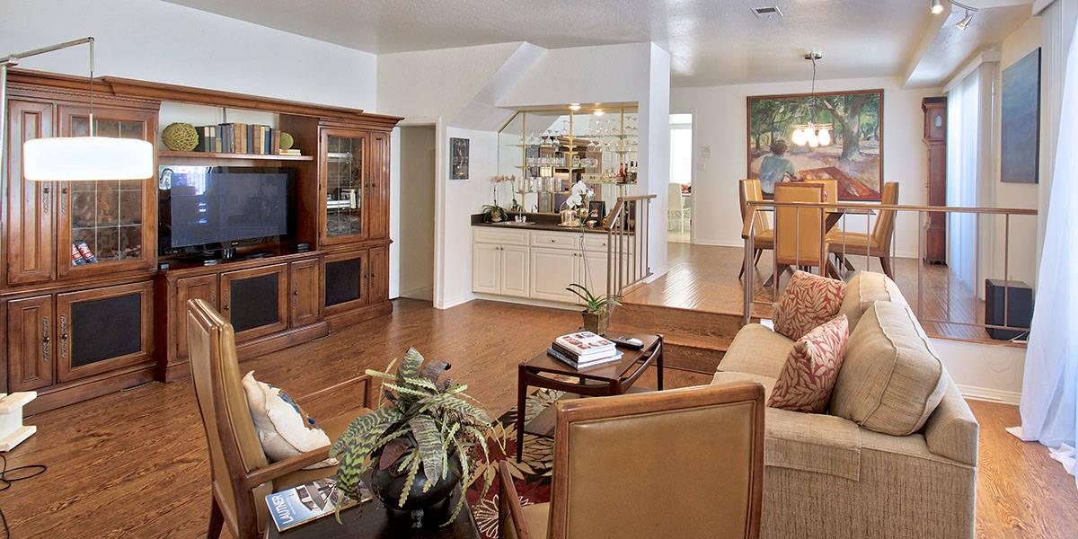 brentwood-adjacent-townhouse-for-sale-master-bed