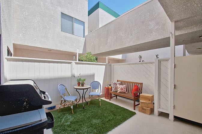 Townhome in Brentwood for Sale